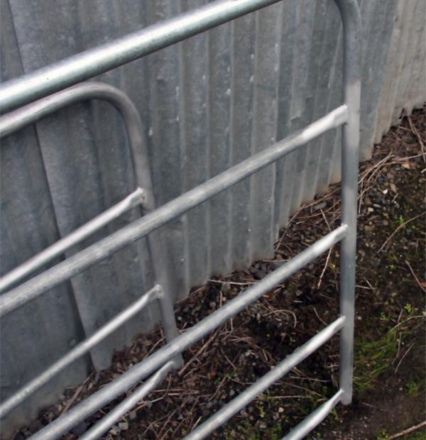 5-BAR-FARM-GATE