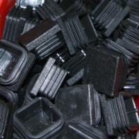 POST-CAPS-SQUARE-PLASTIC
