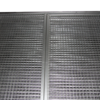 PET-PANEL-GATES-WITH-MESH